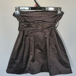 ❤️3/$30❤️ H&M   High waisted belted skirt size 8